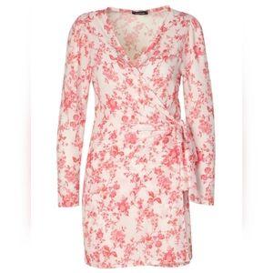 BOOHOO Petite Floral Volume Sleeve Wrap Dress Sz:6